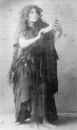 Image: Marianne Brandt in Act 1 of 'Parsifal', 1882